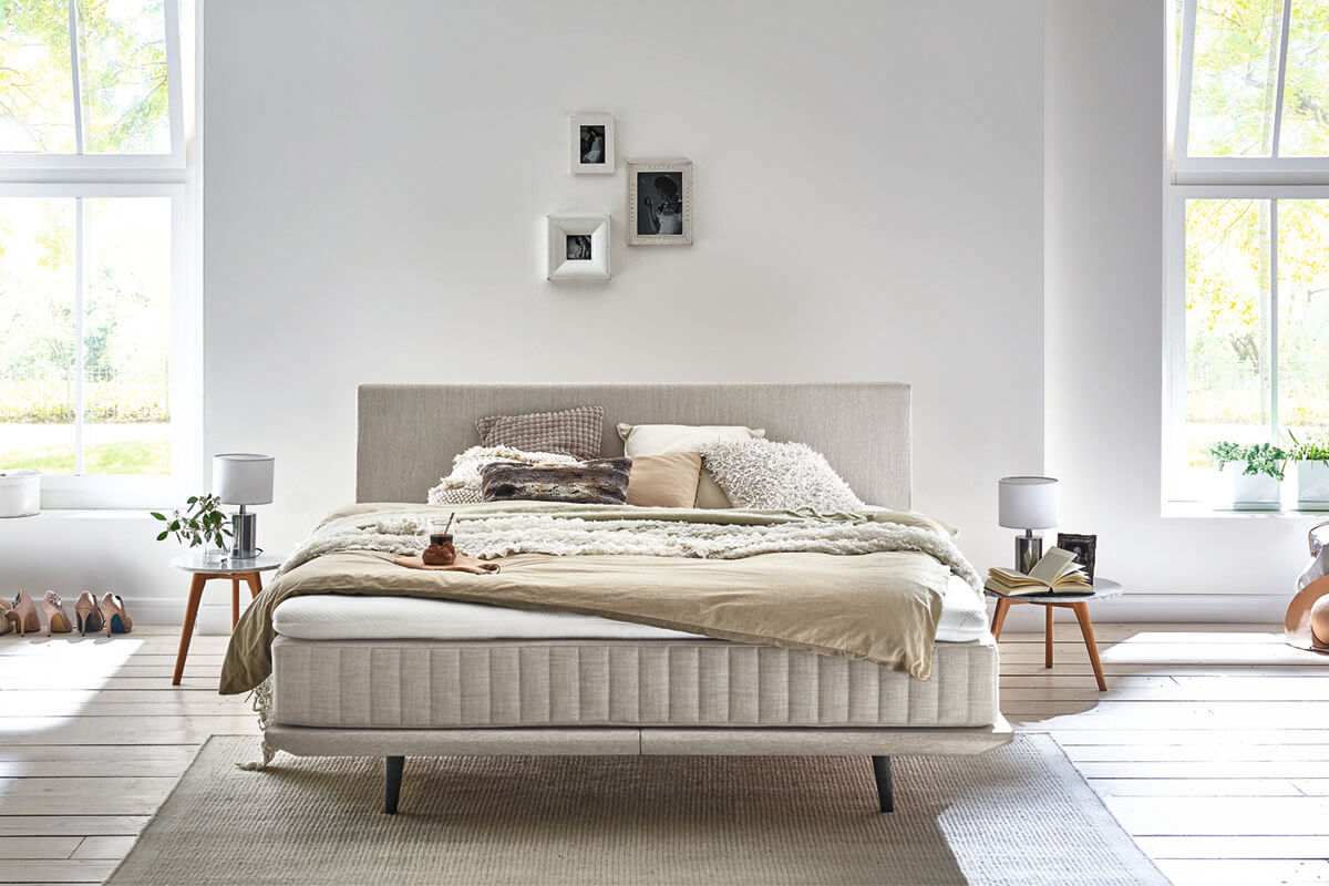 Smart Collection: bed Minimum with headboard Ito in color khaki