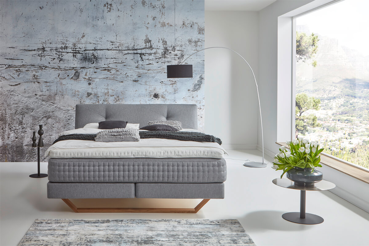 Smart Collection: bed with headboard Scandi